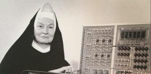 Mulheres na ciência Irmã Mary Kenneth Keller
